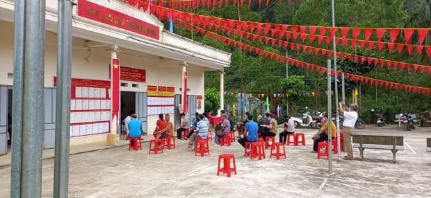 Điểm bầu cử thôn Pá Nim.jpg